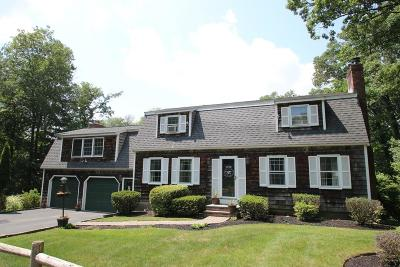 Saugus Single Family Home For Sale: 39 Walden Terrace