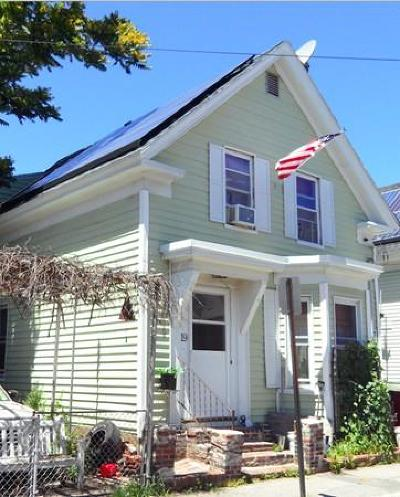 Lowell Single Family Home For Sale: 19 Kinsman St