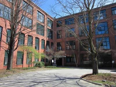 Mansfield Condo/Townhouse Contingent: 150 Rumford Avenue #404