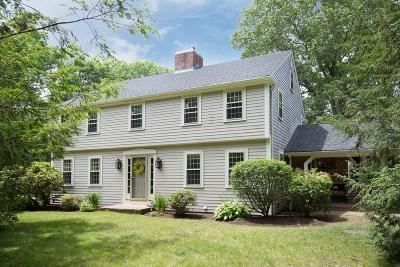 Lakeville Single Family Home For Sale: 6 Massachusetts Road