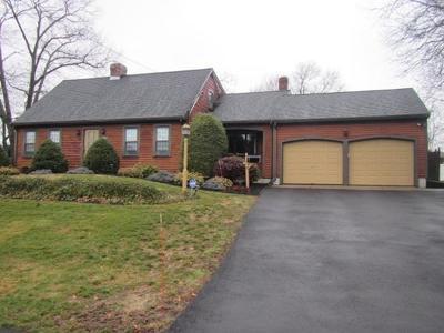 Weymouth Single Family Home For Sale: 82 Oak Ridge Cir