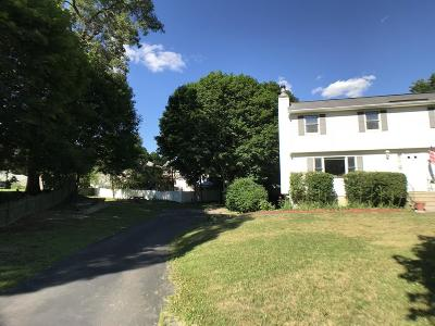 Methuen Condo/Townhouse Contingent: 17 Gervais Way #17