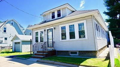 Malden Single Family Home For Sale: 205 Columbia St