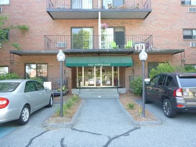 Framingham Condo/Townhouse Under Agreement: 1321 Worcester Rd. #112