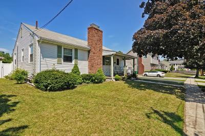 Medford Single Family Home Sold: 32 Daly Road
