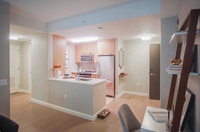 Rental For Rent: 101 Beverly Street #10N