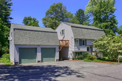 Billerica Single Family Home For Sale: 15 Holt Street
