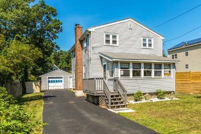 Billerica Single Family Home For Sale: 28 Glenwood Rd