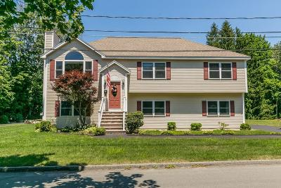 Burlington Single Family Home For Sale: 5 Independence Drive