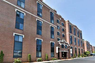 Malden Condo/Townhouse For Sale: 20-30 Daniels Street #213