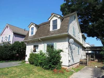 Attleboro Condo/Townhouse Under Agreement: 20 Cherry St #B