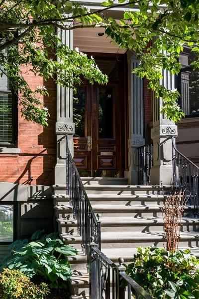 Condo/Townhouse Under Agreement: 2 Marlborough St #5