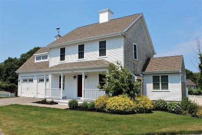 Hingham Single Family Home For Sale: 22 Weathervane Court