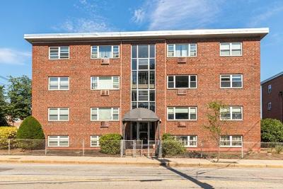 Condo/Townhouse Under Agreement: 225 Baker Street #24