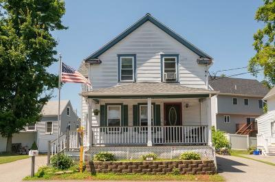 Stoneham Single Family Home Contingent: 61 Stevens Street