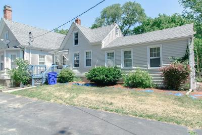 Taunton Single Family Home For Sale: 944 Somerset Ave
