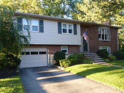 Arlington MA Single Family Home For Sale: $729,000