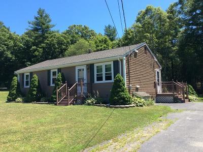 Taunton Single Family Home For Sale: 62 Bettinson Court
