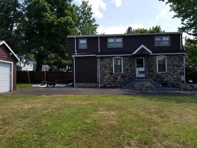 Saugus MA Single Family Home For Sale: $449,000