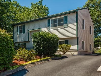 Billerica Single Family Home For Sale: 33 Exeter Place
