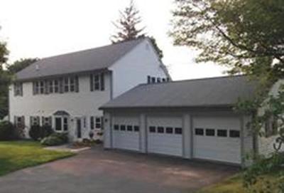 Single Family Home Under Agreement: 2 Leonard Street
