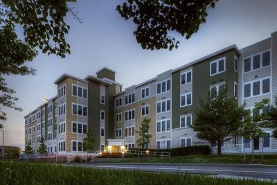 Cambridge Rental New: 87 New Street #401