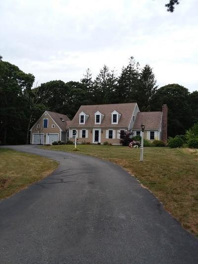 Sandwich Single Family Home For Sale: 1 Beach Plum Cir