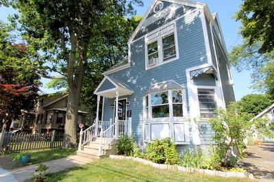 Wakefield Single Family Home For Sale: 25 Greenwood Ave