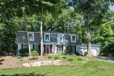 Attleboro Single Family Home For Sale: 59 Ridgehill Rd