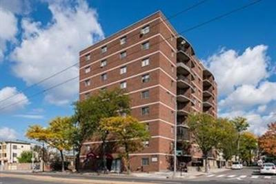 Cambridge Condo/Townhouse Under Agreement: 2353 Massachusetts Ave #32