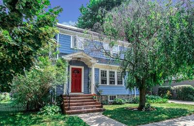 Single Family Home Under Agreement: 15 Zeller St