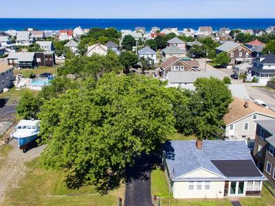 Hull Single Family Home For Sale: 568 Nantasket Ave