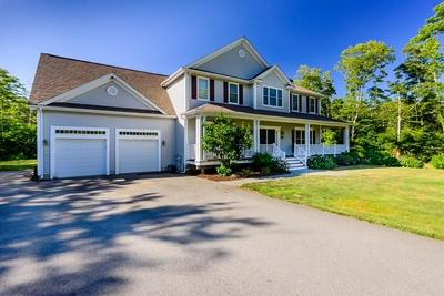 RI-Newport County Single Family Home For Sale: 114 Teaberry Lane