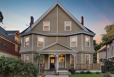Single Family Home Back On Market: 289 Walnut Ave