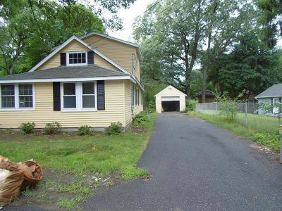 Natick MA Single Family Home For Sale: $449,000