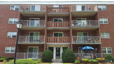 Weymouth Condo/Townhouse Contingent: 50 Webster Street #202