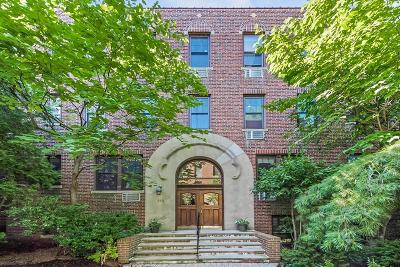 Brookline Condo/Townhouse For Sale: 313 Tappan St #2