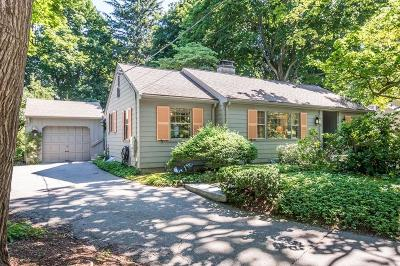 Reading MA Single Family Home For Sale: $629,900
