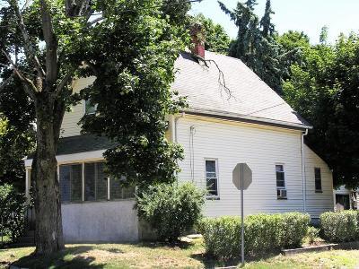 Framingham Single Family Home Contingent: 179 Beaver St