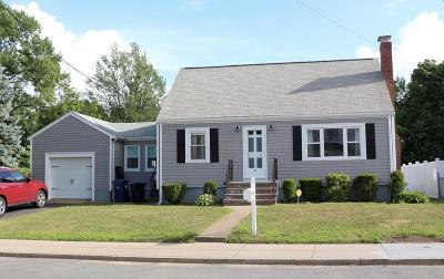 Single Family Home Under Agreement: 42 Como Rd