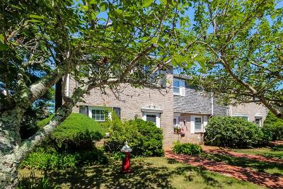 Barnstable Condo/Townhouse For Sale: 6 Captain Cook Ln #6