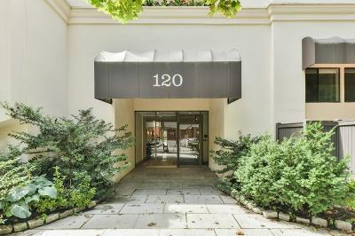 Brookline Condo/Townhouse Under Agreement: 120 Beaconsfield Rd #T3