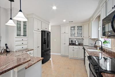 Kingston MA Condo/Townhouse For Sale: $499,900