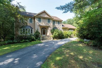 Needham Single Family Home For Sale: 52 Cranberry Ln