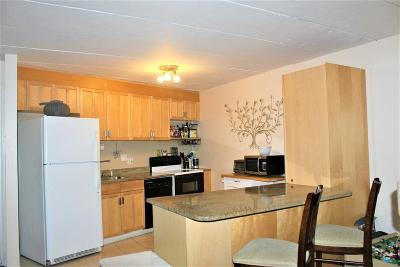 Holliston Condo/Townhouse Contingent: 152 Turner Rd #6