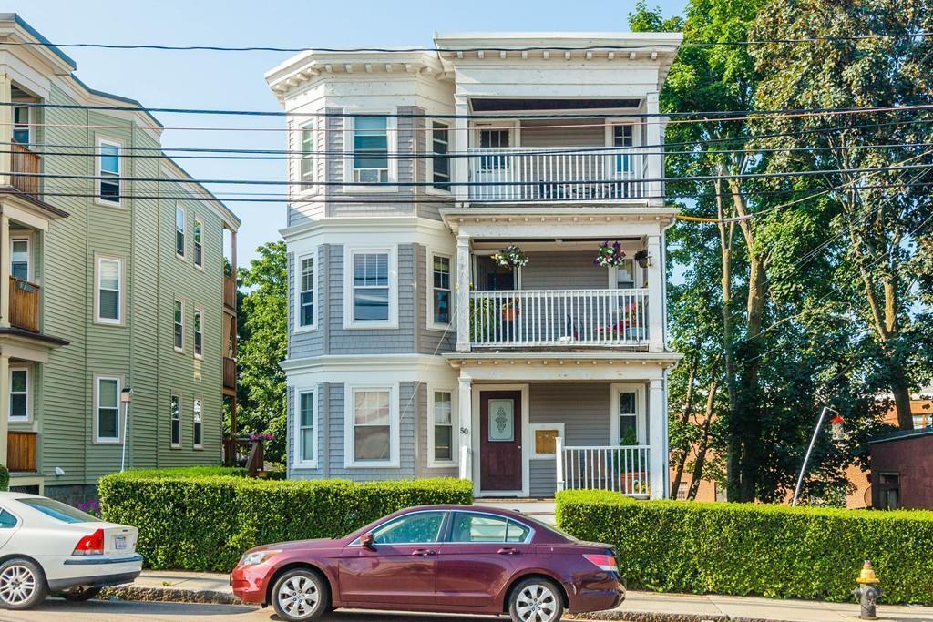 2 bed / 1 bath Condo/Townhouse in Boston for $419,000