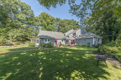 Manchester Single Family Home For Sale: 21 Forest Lane