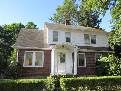 Single Family Home Under Agreement: 24 Bartlett St