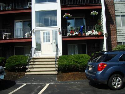 Weymouth Condo/Townhouse Under Agreement: 11 Woodcrest Ct #3