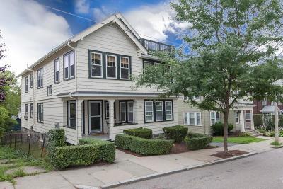 Condo/Townhouse Under Agreement: 101 Fletcher St #2
